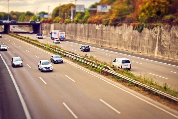 highway-1767107_640